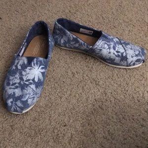 Toms Blue Floral Suede Women's Classics